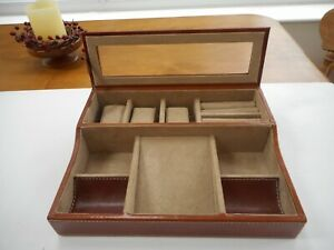 FOSSIL BRAND GENUINE LEATHER JEWELLERY & WATCH ORGANISER / DRESSING TABLE BOX