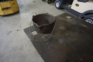 RARE HOOD BROTHERS NO. 308 LEAD SMELTING OR MELTING POT W POUR SPOUT & BAIL