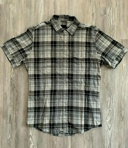 Men's KR3W Gray & Black Plaid Button Up Pocket Casual Short Sleeve Shirt M