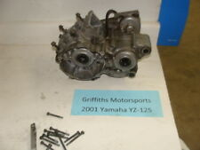 2001 01 00 Yamaha YZ125 2000 5MV00 crankcase r l case halves cases matching set