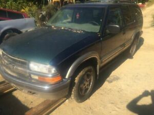 Air Cleaner Fits 96-05 BLAZER S10/JIMMY S15 64160