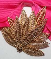 STUNNING SIGNED PIM VINTAGE GOLD TONE LEAF PIN EXCELLENT RARE STYLE AND HALLMARK