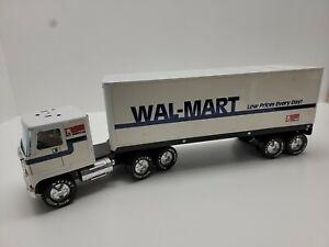 "Vintage Nylint Walmart 18 Wheeler Semi Truck Tractor Box Trailer 22"" Long Metal"