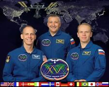 INTERNATIONAL SPACE STATION EXPEDITION 15 8x10 PHOTO