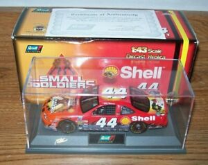 TONY STEWART #44 SHELL SMALL SOLIDERS 1998 1/43 REVELL DIECAST CAR 5,004 MADE