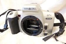 Minolta Maxxum Qtsi 35mm SLR Película Solo Cuerpo de Cámara de trabajo