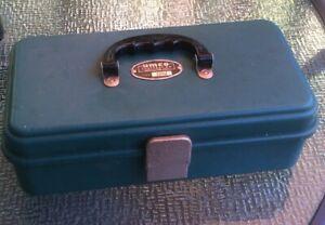 Vintage Umco Tackle Box #131U, Single Tray, Green