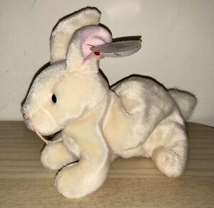 BNWT! TY Beanie Baby Nibbler the Rabbit DOB April 6th 1998