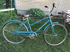Vintage Huffy Savannah Comfort Touring Cruiser Bike