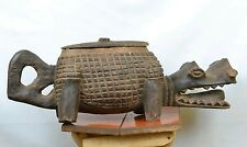 amazing  Crocodile wooden lidded box from DRC Congo