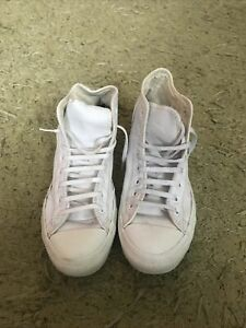 Converse Leather White Boots Size 9
