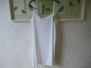 Womens Cooling Slip White Size 16 or 18 BNWT FREEPOST