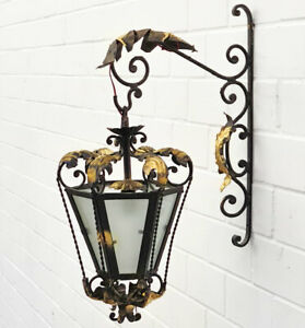 WIENER SCHMIEDEEISEN WANDLAMPE, ANTIKSTIL LATERNE bzw. LAMPE mit WANDAUSLEGER