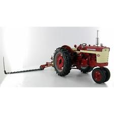 TRATTORE FARMALL 340 GAS NARROW FRONT CON BARRA FALCIANTE 1:16 SpecCast