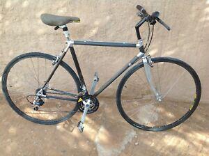 Très rare vélo Alan cadre carbone des années 1980