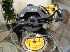 """Dewalt Flexvolt 60-Volt Cordless 7-1/4"""" Wormdrive Style Circular Saw DCS577B 60V"""