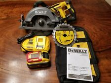 DEWALT DCS577X1 FLEXVOLT 60-V 9.0 Ah Cordless Worm Drive Style Framing Saw Kit