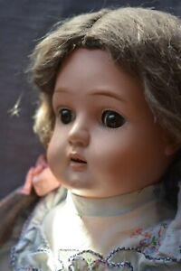 Bruno Schmidt-Puppe mit Celluloidkopf und schönem alten Körper