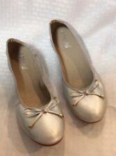 EUC XIN GAN JUE Womens Ballet Flats  Size 45 Chinese/USA 11 Color Silver