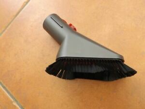 Genuine Dyson Soft Dusting Brush Tool NEW Fits all uprights, canister & cordless