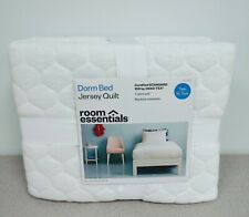 Room Essentials White Twin/Xl Twin Bed Jersey Quilt Comforter
