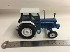 BRITAINS/ERTL FORD 7600 FARM TRACTOR 1/32