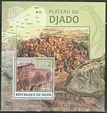 NIGER 2013 UNESCO WORLD HERITAGE SITE DJADO PLATEAU IN NIGER SOUVENIR SHEET