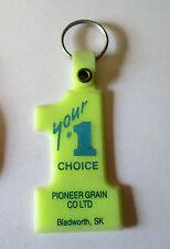 VINTAGE PIONEER GRAIN CO ELEVATOR BLADWORTH SASKATCHEWAN KEYRING/KEYCHAIN