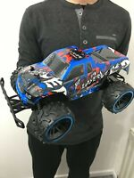 LARGE MONSTER TRUCK 2.4GHz RC REMOTE CONTROL CAR 20KM/H SPEED BLUE 1/12 BOXED UK