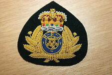 BRITISH NAVY ROYAL FLEET AUXILIARY OFFICER'S BERET BADGE CURRENT QUEEN'S CROWN