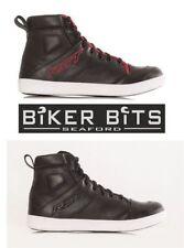 Productos de vestimenta RST color principal negro para motoristas