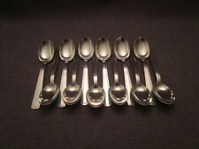 belle serie de 12 cuilleres a soupe art-déco ancienne en metal argenté