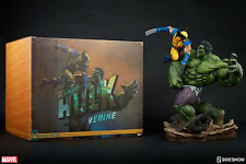 Sideshow Collectibles Marvel Hulk vs Wolverine Maquette New