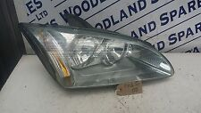 FORD FOCUS HEADLIGHT DRIVERS RIGHT SIDE 4M51-13W029  2004 TO 2008 1.6L ZETEC-S