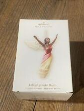 2007 Hallmark LIFTING UP JOYFUL HANDS African American Angel Keepsake Ornament