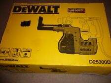 DEWALT D25300DH DUST EXTRACTION SYSTEM  FOR ROTARY DRILL D25323K/4K IN SUITCASE