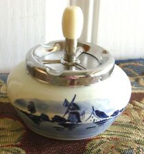 ANTIQUE DELFT BLUE CERAMIC ASHTRAY WITH SPINNER METAL TOP HAND PAINTED HOLLAND