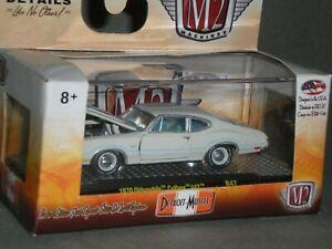 1/64th M2 Machines Detroit Muscle R47 1970 Oldsmobile Cutlass 442