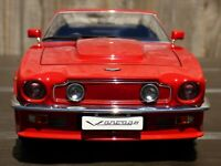 AutoArt Millenium 1:18 1985 Aston Martin V8 Vantage Rare Suffolk Red Car Toy