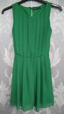Green Sleevless Pleated Front Dress from Atmosphere size 8