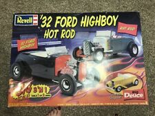 """Revell 1/8 Scale Kit Big Deuce Rat Rod Ford 32"""" High Boy NEW complete"""