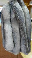 Blue - Frost platin Fuchs Jacke Echt Pelz Gr. 2XL Real  Fox Neuwertig Pelzmantel