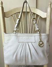 COACH SOHO PLEATED GALLERY White Ivory Leather Shoulder Bag Purse Tote F13759