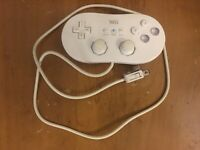 Nintendo Wii White Wired Classic Controller Genuine OEM (RVL-005) Tested