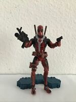 Marvel Legends Epic Heroes Deadpool (Red Variant) Hasbro action figure 6 Inch