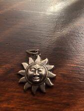 Pendant The sun
