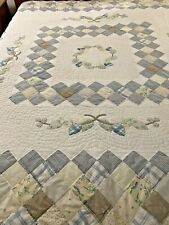 "Vintage Hand Applique & Quilted  Patchwork Quilt 81"" x 80"" #202"