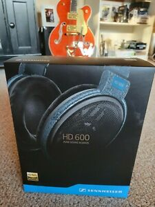 Sennheiser HD 600 Over the Ear Headphones - Granite Color