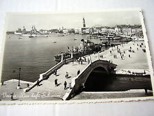 OLD REAL PHOTO-PC: VENEZIA~RIVA DEGLI SCHIAVONI~ANIM.~VARIOUS BOATS + NAVY SHIP