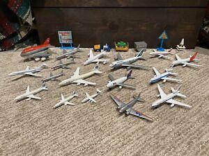 """Lot of 16 Vintage Die-cast Metal 2-6"""" Airplane Toys w/Extras - FedEx/Qantas/AA"""